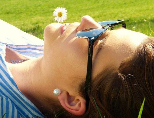 Occhi d'estate e raggi UV: come proteggerli al meglio