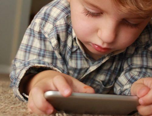 Genitori e figli digitali, la tecnologia vissuta in salute