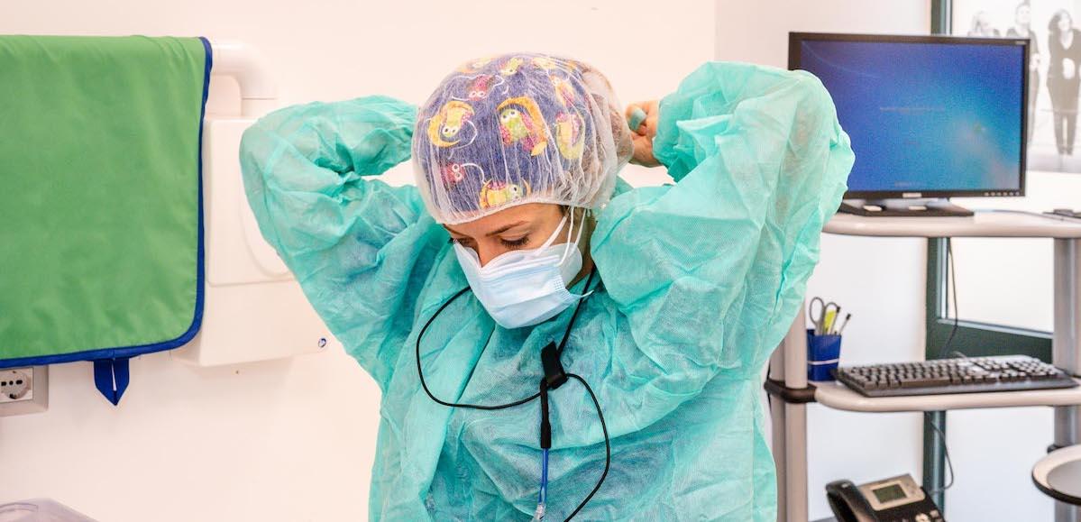 Covid-19, dispositivi e controlli per rendere il personale sanitario sicuro