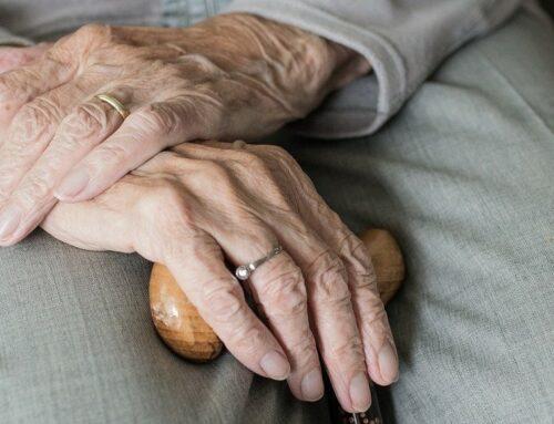 Fratture femore anziani: quando e perché si verificano