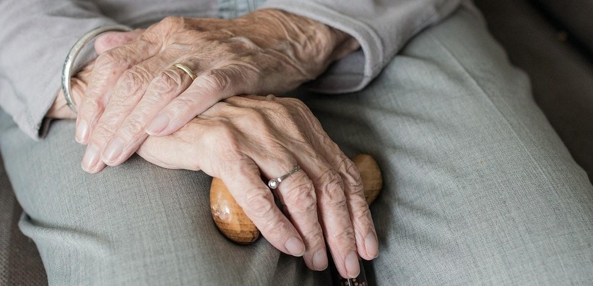 Frattura femore anziani