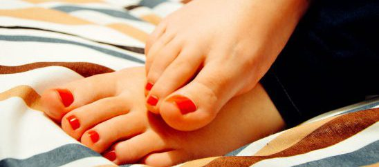 Pedicure sì, ma in sicurezza