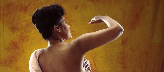 Autopalpazione del seno: i pro e i contro