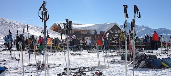 Settimana bianca: sugli sci sì, ma in sicurezza