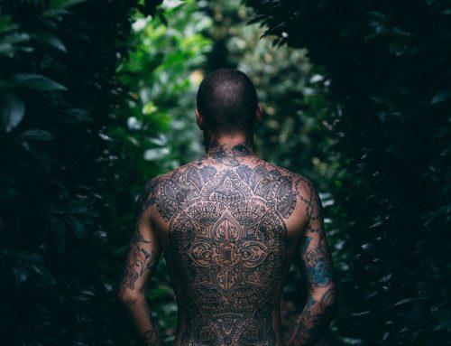 Tatuaggio, passione e rischi